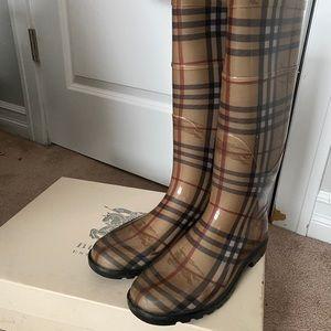 Women's Burberry Rain Boots
